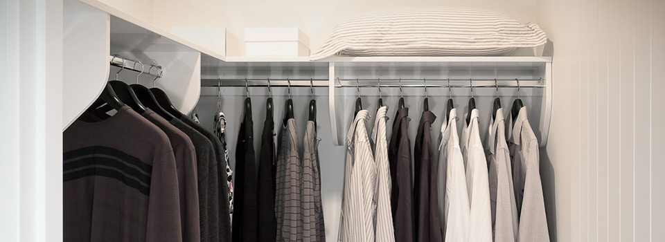 Start Your Day Organised With A Walk In Wardrobe